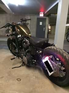 HARLEY DAVIDSON FORTY EIGHT  BOBBER STYLE GOLD EDDITION