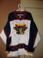 Hockey Jersey Vernon Vipers Signed