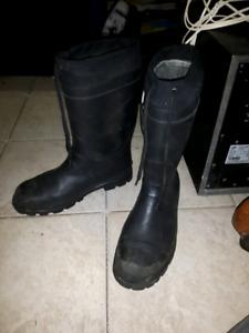 Mens lined rubber boots