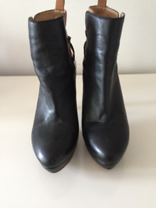 ANKLE BOOTS - TWO TONE SOFT LEATHER - WORN ONCE