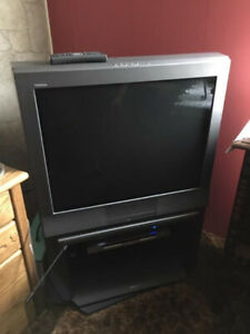 Trinitron TV and Sony Stand comes with a DVD player.