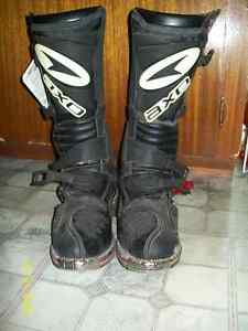 Brand new moto x boots