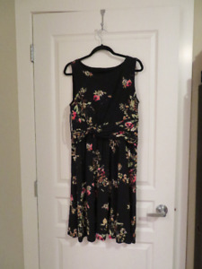 Brand New, New York Jones Dress, Size 14