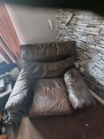 Free to collect electric recliner