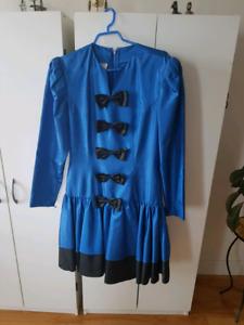 Jolie robe Simon Chang...