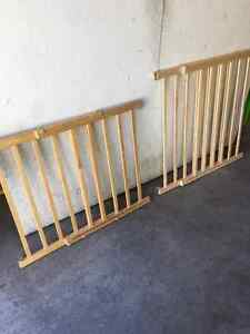 Baby Gate - Evenflo - Top of stairs
