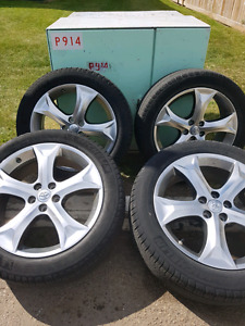 Toyota venzza original rim and tires