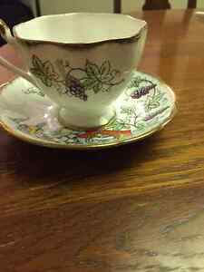 "Rare Vintage ""The Queens Beasts"" Tea Cup and Saucer"