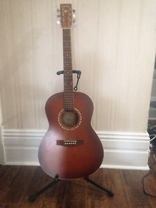 Art & Luthrie Left Handed Guitar for Sale