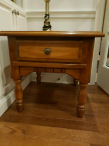 Solid pine 2 end tables