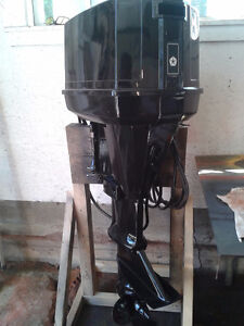 Chrysler 50 HP (1983) Outboard