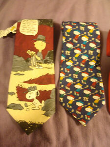 4 Novelty Ties - Charlie Brown and The Gang - one with Tag Peterborough Peterborough Area image 3