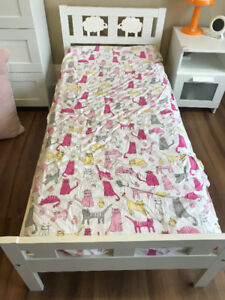 IKEA Toddler Bed With Matress Guard Rail And Sheet Sets