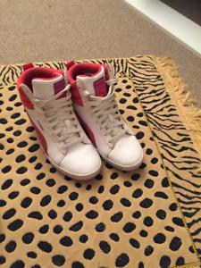 Des vetements et des souliers