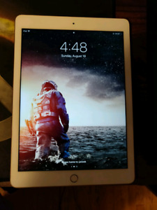 IPad 32gb (Gold)