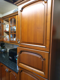 Kitchen units clear out £120 units and sink/tap only