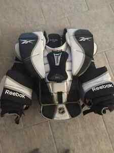 Reebok 11k Pro Goalie Chest Protector (Intermediate Large)