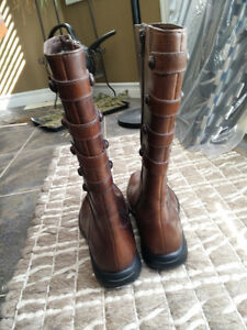 New Merrell Leather Boots Brown Women Size 7 Strathcona County Edmonton Area image 8