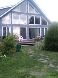 large 4 bdrm cottage on lk.erie open year rnd