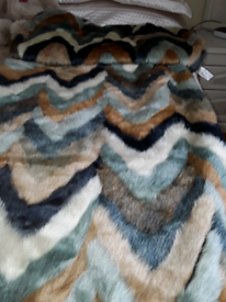 Faux Fur Throw and Cushion Covers to match
