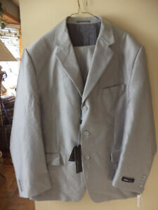 Mens new suite size R 48 - w 43