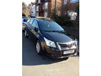 Toyota avensis 2.0D-Dt2 5dr 2010 one previous owner