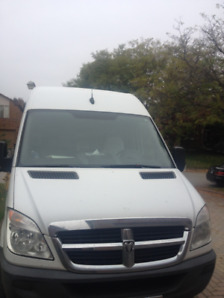 170000KM, 2009 sprinter high roof