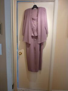 Vêtements de dame