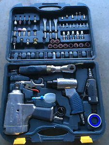 Mastercraft 71pc Air Tool Kit