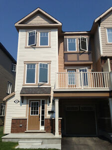FOR RENT - BARRHAVEN TOWNHOUSE