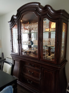 3 PIECE DINING ROOM SET INCLUDING 6 CHAIRS REUPHOLSTERED IN 2016