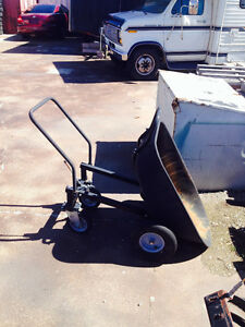 wheel barrel / dump cart