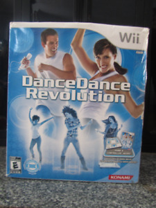 ensemble jeu+tapis Dance Dance revolution WII