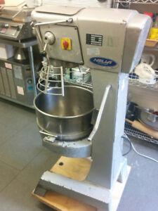 $2000 NELLA Used 30 QT Commercial Dough Mixer