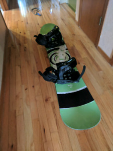 Firefly Adult Snowboard w/ Bindings (barely used)