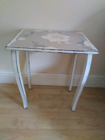COFFEE TABLE /SIDE TABLE