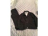 Age 3/4 yr boys suit wore 1/2 b on Avon £5