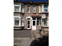 2 BED FLAT WITH GARDEN: NORMAN RD ILFORD IG1 2NG (EXCLUDE BILLS)
