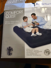 Double inflatable mattress