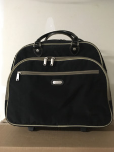 Baggallini noir rolling tote carry on/sac roulant de cabine
