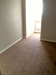 Free Rent Upgraded 2BR 2BA Waters Edge 10149 Saskatchewan Drive Edmonton Edmonton Area image 3