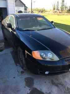 2003 Hyundai Tiburon GT w/Performance Coupe (2 door)