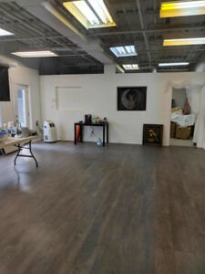 Retail/Office Space in King City/Aurora