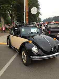 CLASSIC 1971 SUPER BEETLE - EYE CATCHER