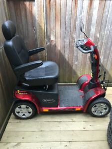 Scooter for sale, Red Pride Pursuit 4 Wheel