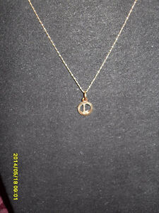 "10kt yellow gold  ""L"" Pendant (Chain not included)"