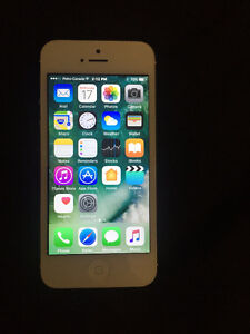 iPhone 5 16gb, white, just like new