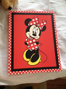 MINNIE MOUSE CANVAS PRINT / PICTURE. Brand-New.