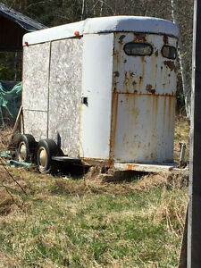 Horse trailer/trailer