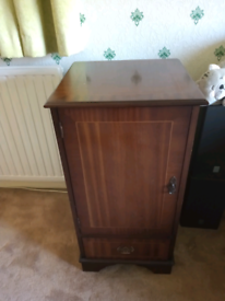 Stereo Unit Cupboard with stereo